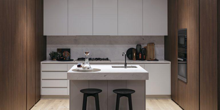 8PHILLIPST_Kitchen