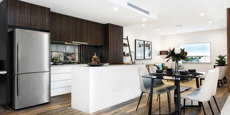 Kitchen-&-Dining-(angle-view-towards-lounge)-377A1653-©Karen-Watson