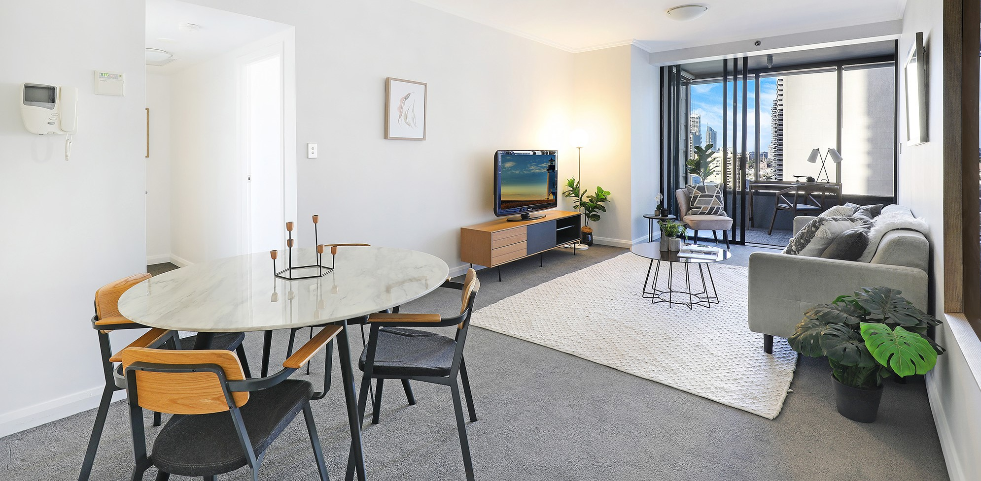 Dual living apartment in the heart of Sydney (SOLD)
