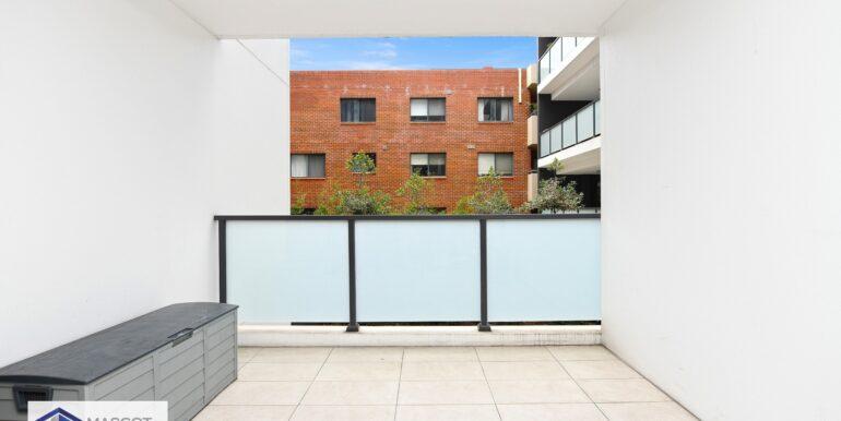 (WEB) 102_2a Cooks Avenue, Canterbury (5)