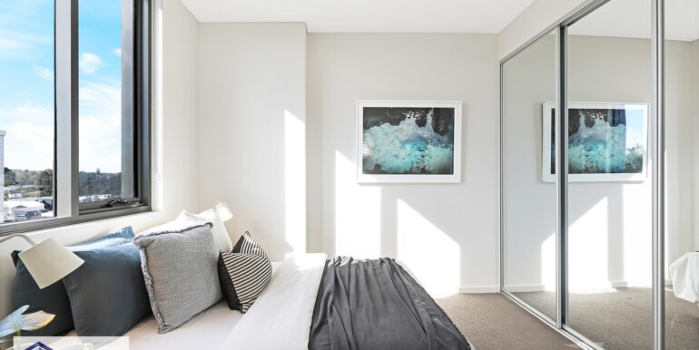 808_64-72_River_Rd_Ermington_Master_Bed_low